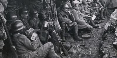 Soldati al fronte: la lettura delle lettere in compagnia