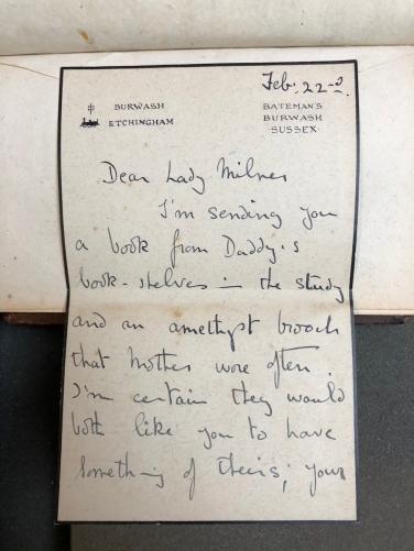Prima parte della lettera/dedica della figlia di Kipling Elsie
