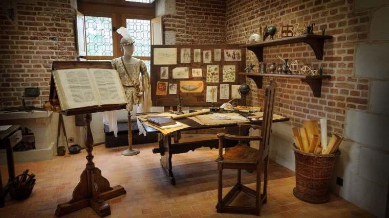 Château du Clos Lucé : les ateliers vivants de Léonard de Vinci. L'atelier de dessin.