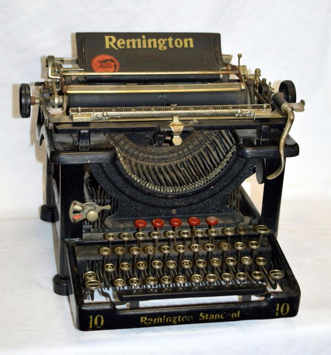 macchina da scrivere Remington.jpg