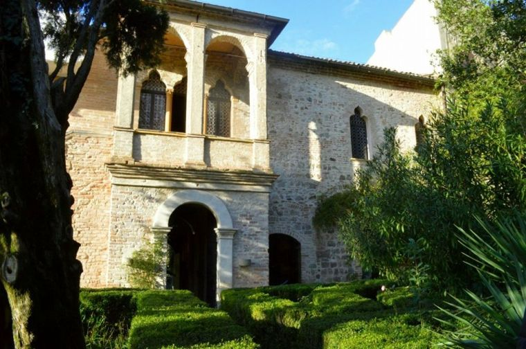 Casa del Petrarca.jpg
